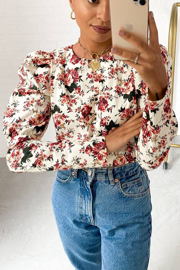 Top Melody Peonies